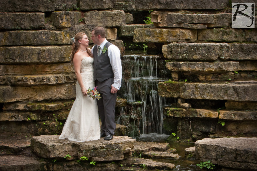 Alysia and Garreth\'s Wedding at Eagle Point Park in Dubuque, Iowa ...